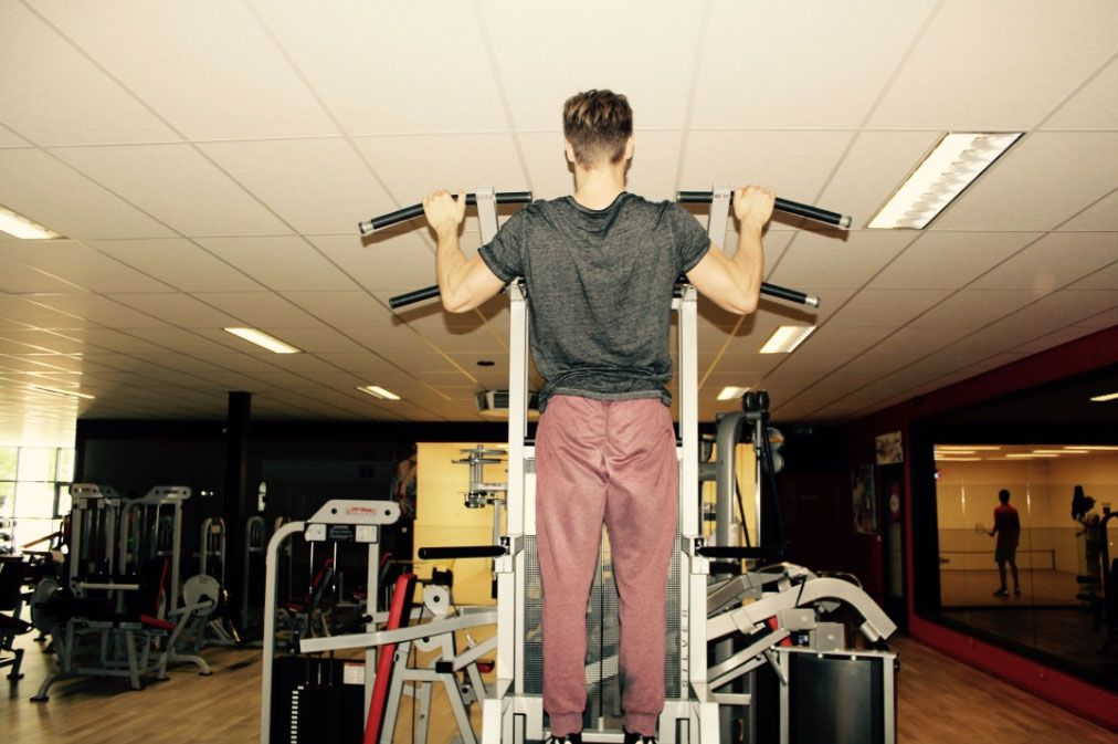 assisted-pull-up